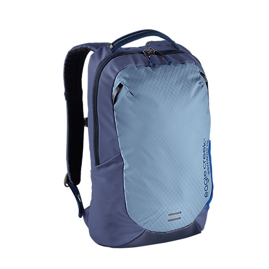 The Wayfinder Backpack 20L has a sturdy design and lightweight material, making it easy to take anywhere. The unisex suspension makes it comfortable for men and women. Green, blue, and black color options give you the style, comfort, and durability you want in a quality travel backpack.